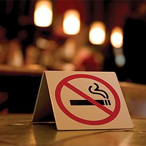 Μείωση ρεκόρ των καπνιστών στη χώρα μας την τελευταία 5ετία
